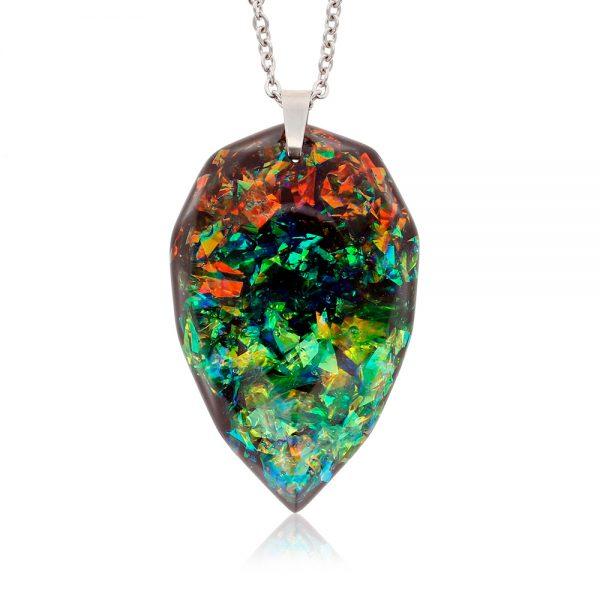 colier cu medalion din rășină epoxidică transparentă, bijuterie handmade unicat
