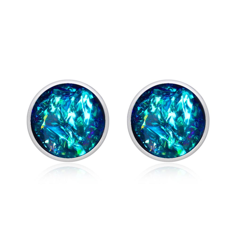 cercei mici rotunzi pe ureche cu șurub din oțel chirurgical, cercei inox albastru turcoaz cu reflexii, cercei din rășină, bijuterie handamde unicat.