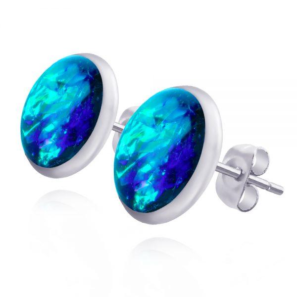 cercei verzi turcoaz mici pe ureche cu șurub din oțel chirurgical, cercei inox cu reflexii aurii, bijuterie din rășină handmade unicat