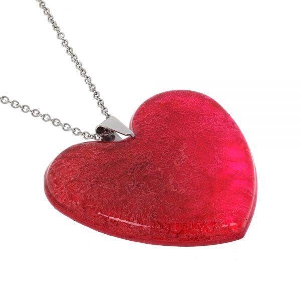 colier cu pandantiv ăn forma de inima, culoare magenta red și roșu aprins, fabricat din rășină epoxidică transparentă, bijuterie cadou handmade unicat