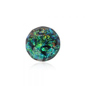 Bază broșă rotundă verde cu aspect de cristal fațetat verde smarald, verde jad, reflexii auriu arămiu din rășină epoxidică transparentă